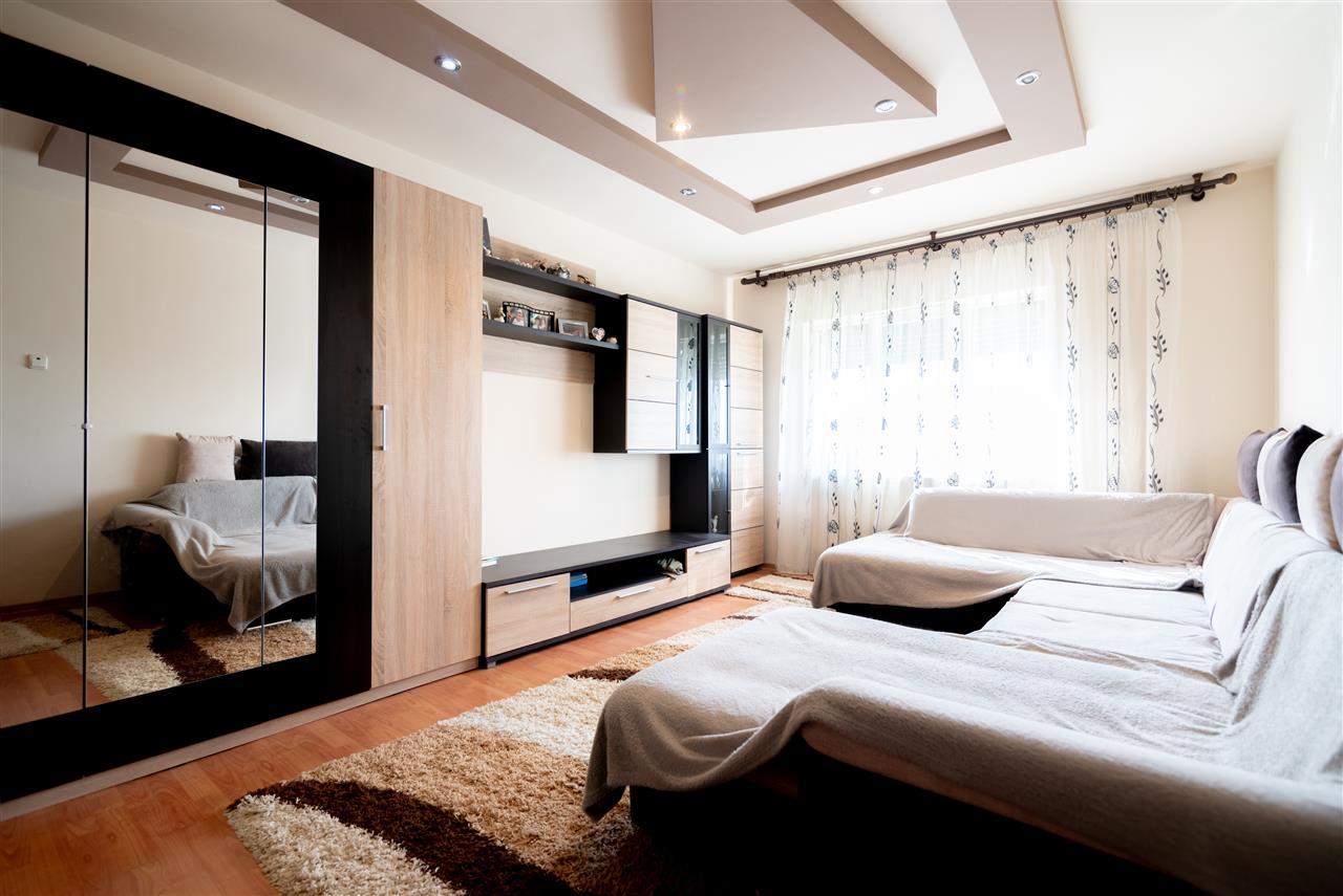 Apartament 3 camere Iosia
