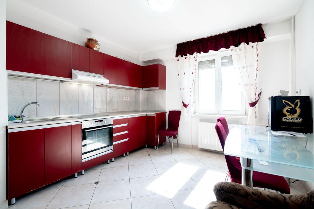 Apartament de inchiriat 4 camere in Nufarul, langa Mc Donalds