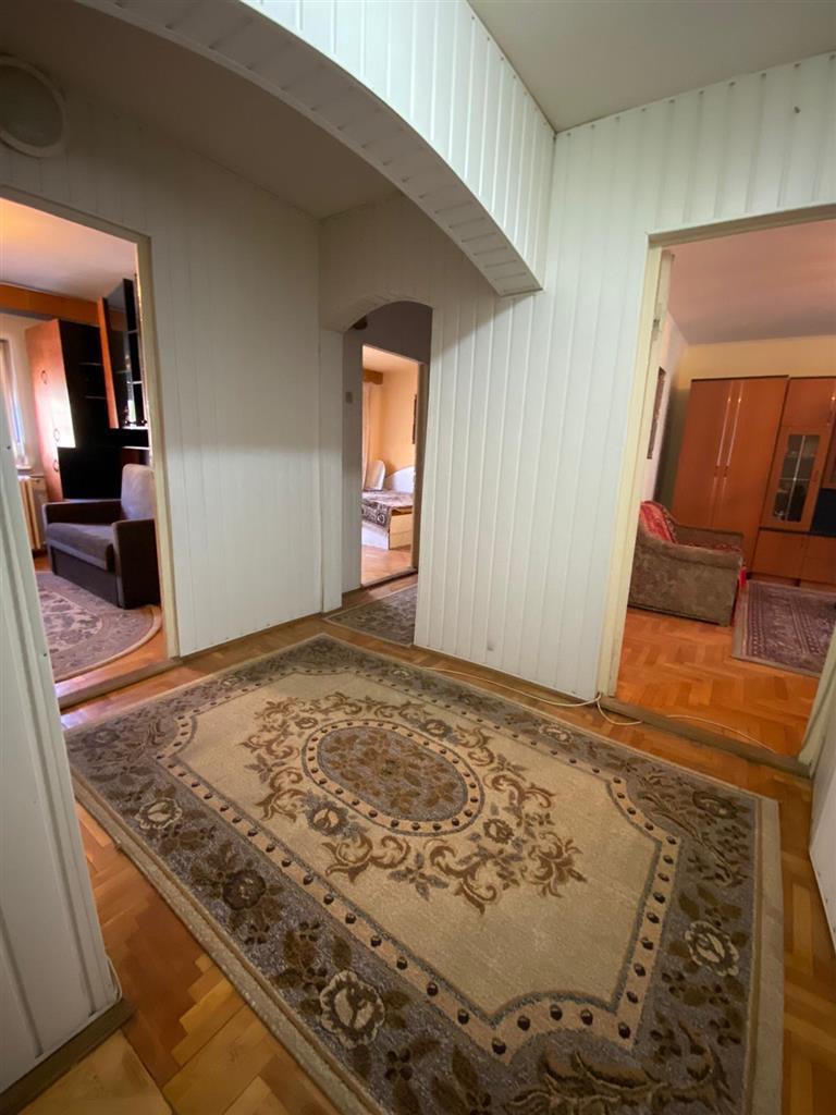 Apartament 3 camere Lacul Rosu