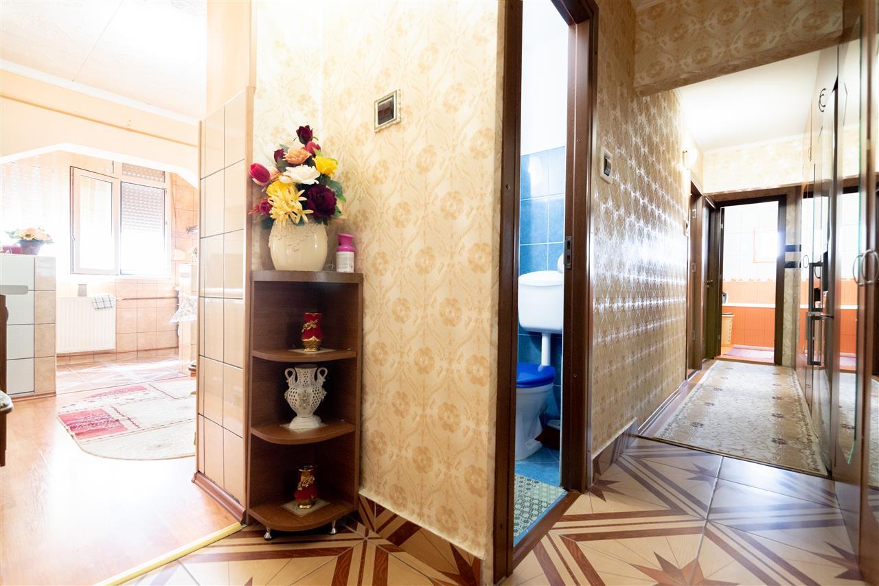 Apartament 3 camere,Sanmartin
