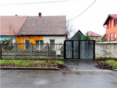 Casa de vanzare zona Oncea