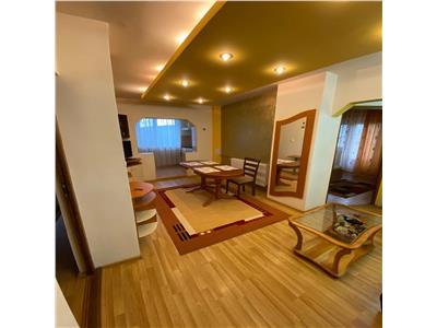 Apartament 3 camere de inchiriat Oradea