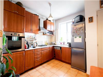 Apartament 3 camere, Cantemir
