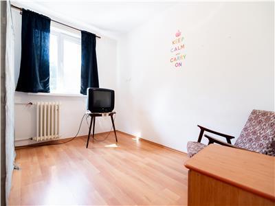 Apartament 3 camere pe Iza