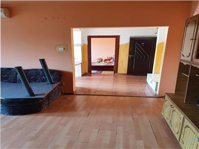 Apartament 3 camere, zona gării Oradea