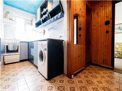 Apartament cu 2 camere,semidecomandat,Oradea,zona Rogerius