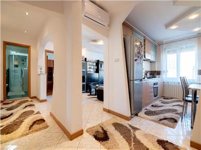 Apartament 3 camere in Iosia zona Cazaban