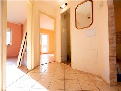 Apartament 3 camere de renovat,Oradea,Nufarul