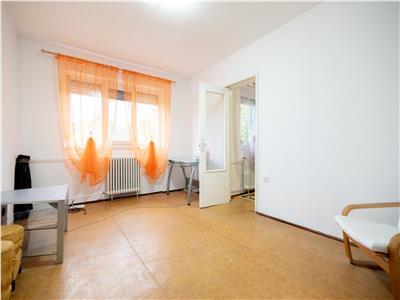Apartament 2 camere semidecomandat, Oradea zona Rogerius